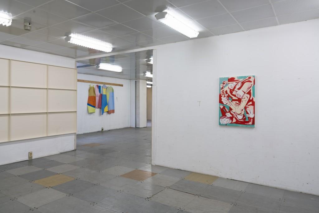 Installation view (Sebastijan Zupancic, Silke Berg, Georg Thanner), DADDY – Klasse Riedel, 21 June – 11 July 2018, G2 Projektraum (G2 Kunsthalle Leipzig), photo:  graysc.de